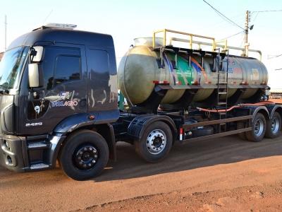 Tanques de Transporte em Fibra de Vidro Unifibra